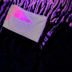 NWT VS Pink angel wings yoga pants XS-Long